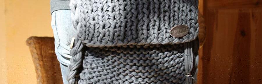 Eine Handtasche selber stricken aus Textilgarn