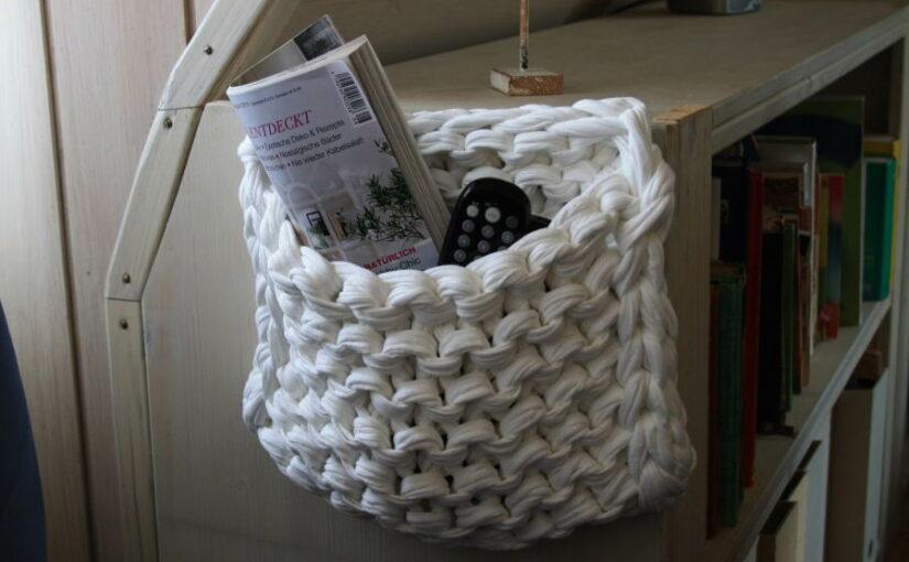Wandkorb aus Textilo-Stripe Textilgarn stricken