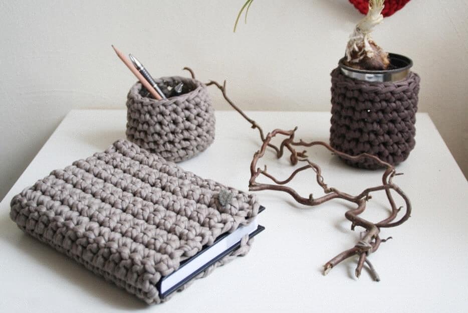 kalenderh lle und schreibtischutensilien aus textilgarn textilgarn dicke wolle. Black Bedroom Furniture Sets. Home Design Ideas