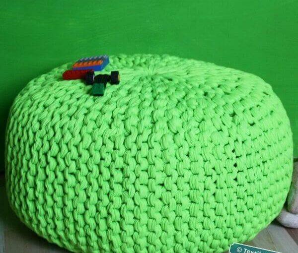 Strickpouf aus NewLine Textilgarn