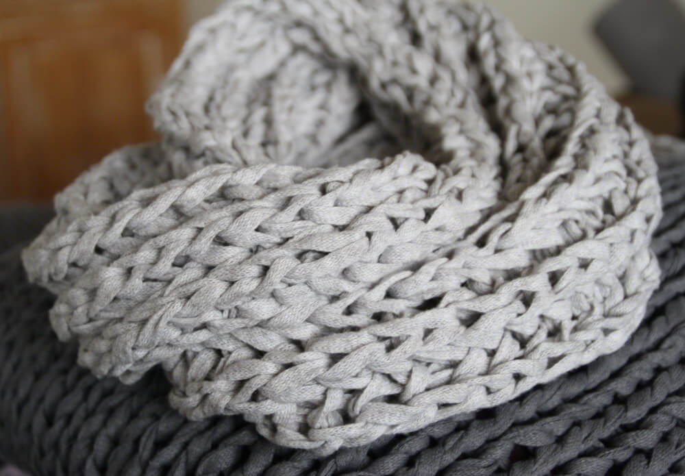 Kissen & Bodenkissen Archive • Textilgarn & dicke Wolle