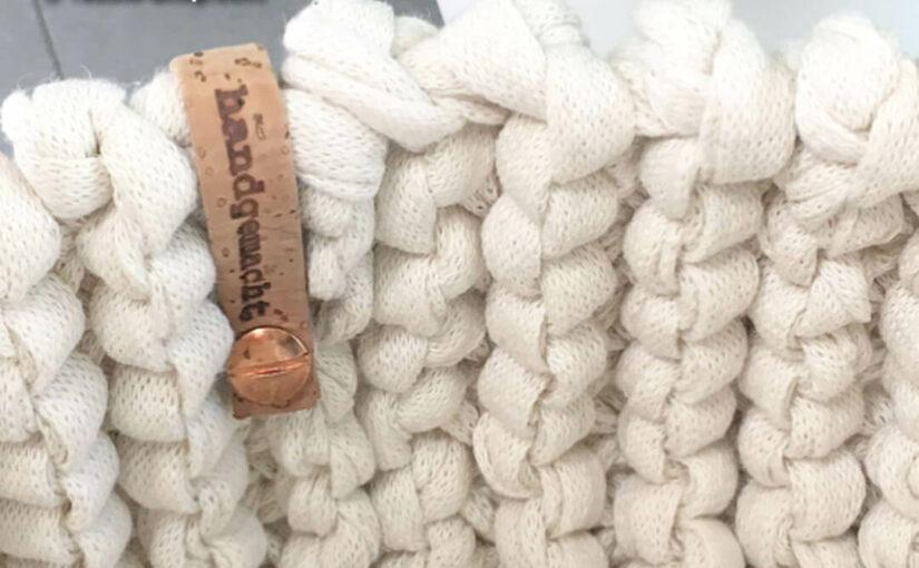 Strickkorb aus Strickband Natur