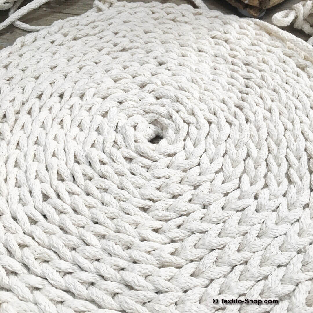 Textilgarn Bändchengarn Und Dicke Wolle Ideen Und Beispiele Zum