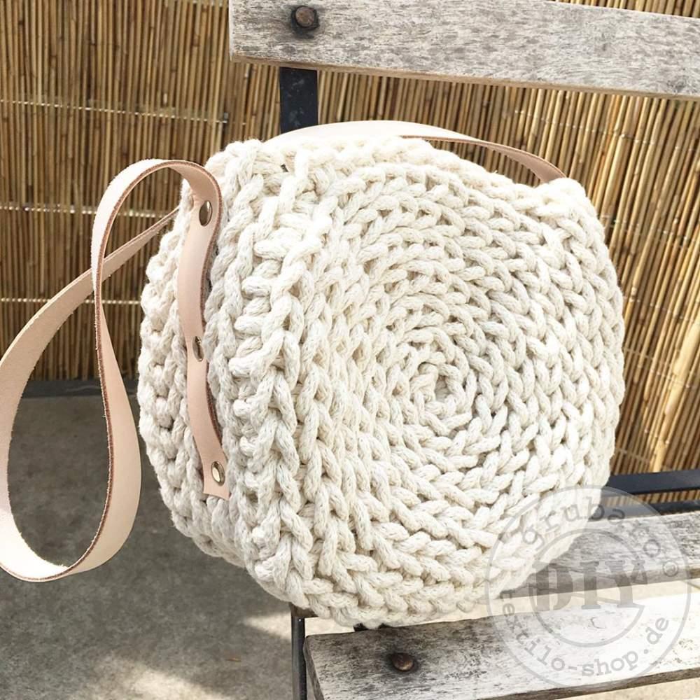 Häkeltasche aus Strickschnur Leinen