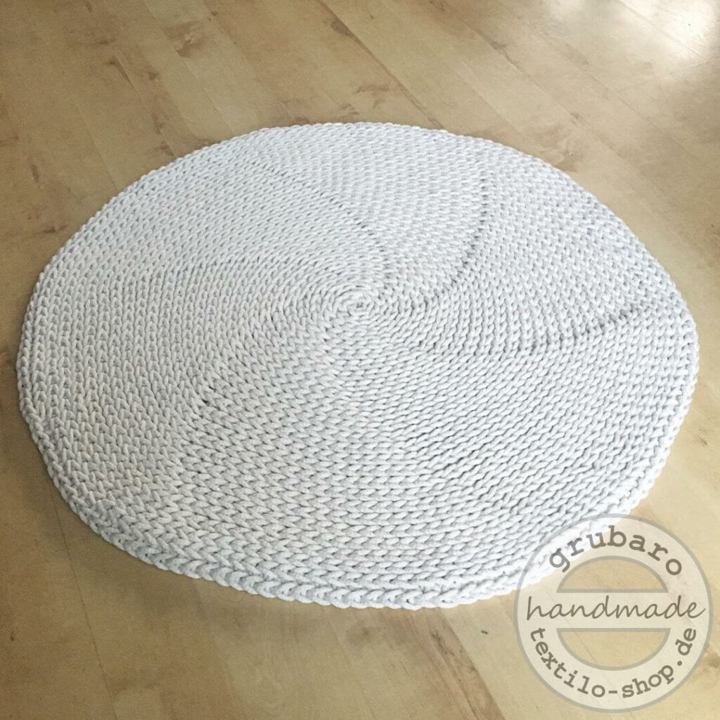 runder haekelteppich aus Kordel (3)(1)