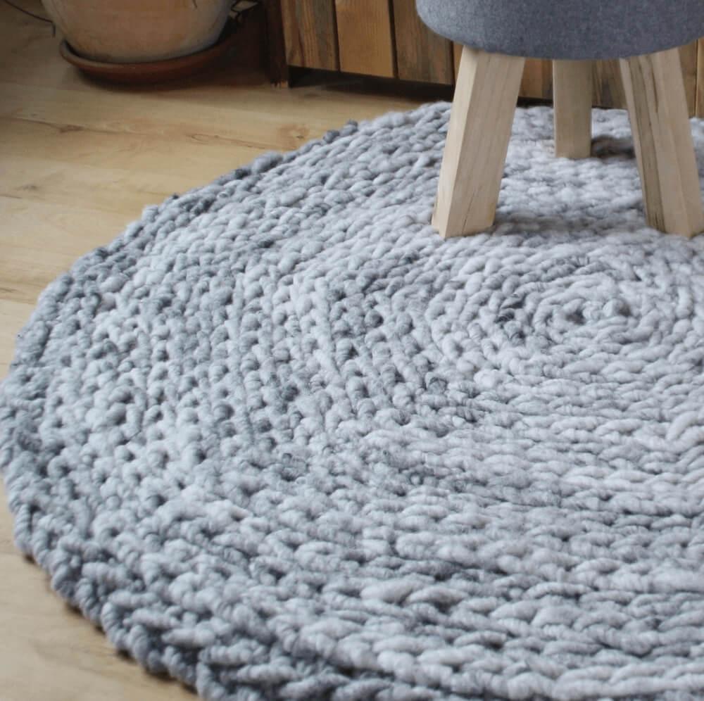 Häkelteppich aus Wollschnur Detail