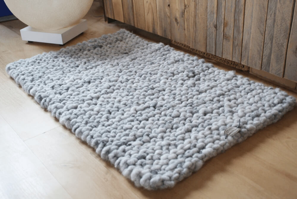 Strickteppich 50 x 90 cm vor dem Waschen